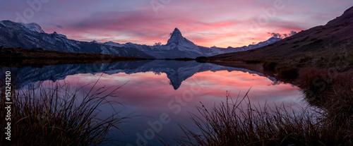 Foto op Canvas Bergen Sonnenuntergang über dem Matterhorn, Zermatt, Schweiz