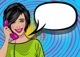 Popart kobieta kreskówka strony trzymaj się retro rozmowa telefoniczna