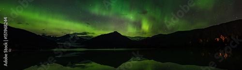 Plexiglas Noorderlicht Northern Lights over the Glacier