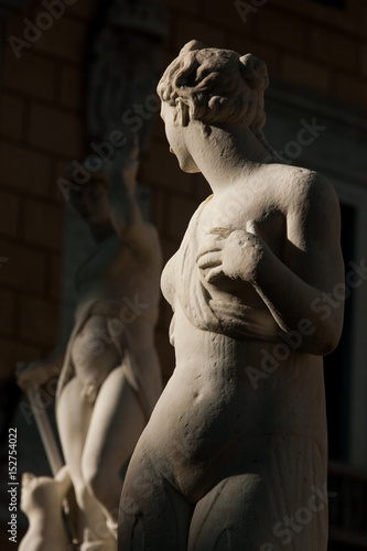 Spoed canvasdoek 2cm dik Palermo PALERMO, ITALY - October 13, 2009: Marble statue of Piazza Pretoria, Sicily