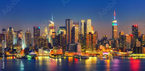 Foto op Aluminium New York View on Manhattan at night, New York, USA
