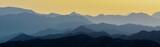 Üst Üste Binmiş Dağ Silüeti - 153576643
