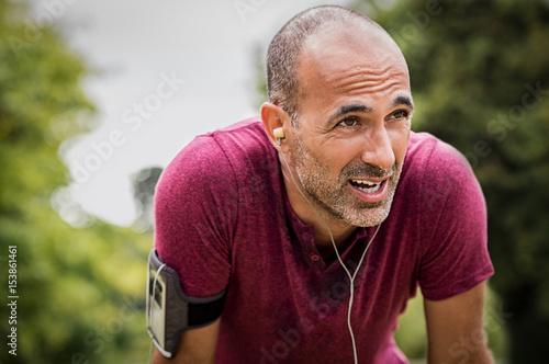 Sweaty mature jogger - 153861461