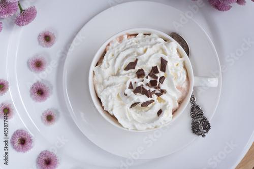 Papiers peints Chocolat Heiße Schokolade mit Sahne (Trinkschokolade)
