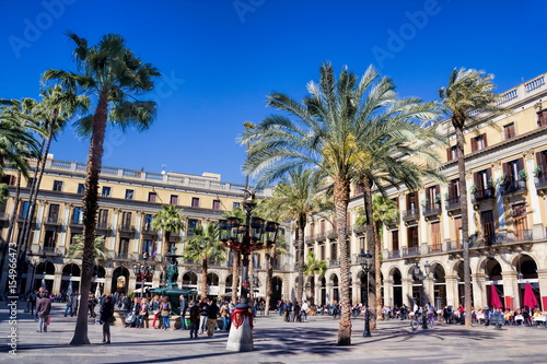 Tuinposter Barcelona Barcelona, Placa Reial