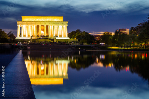 Poster Abraham Lincoln Memorial at sunset, Washington DC, USA