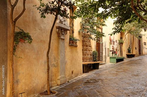 Fototapeta Quiet cobblestone street in Orvieto, Tuscany, Italy