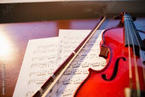 Plakát High angle view of violin with sheet music