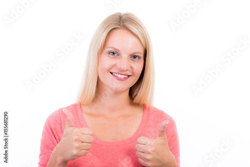Blonde Frau signalisiert Daumen hoch Poster