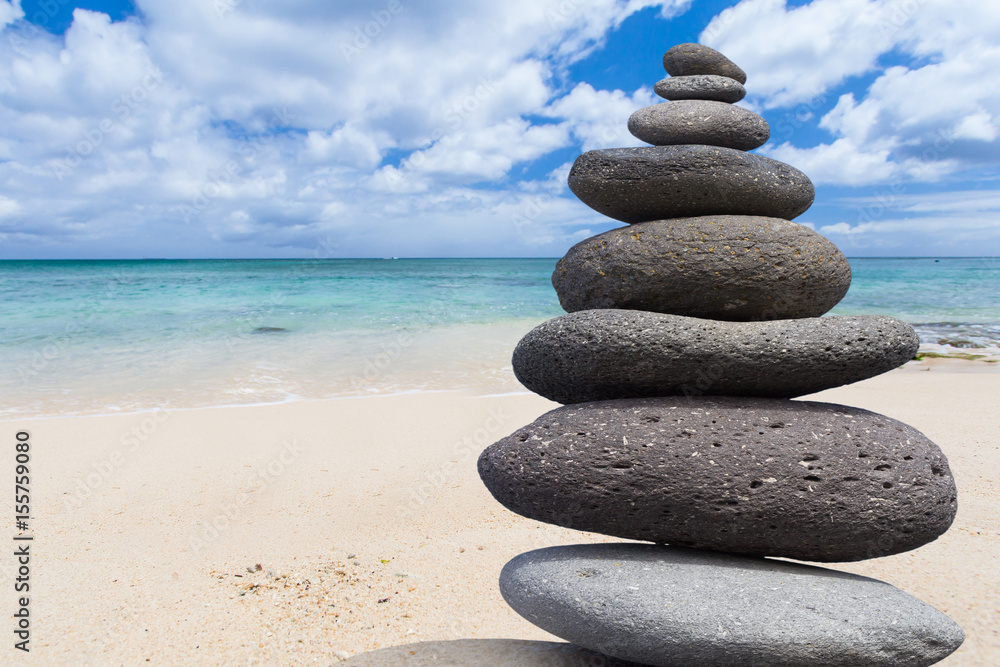 poster galets zen sur plage de maurice nikkel. Black Bedroom Furniture Sets. Home Design Ideas