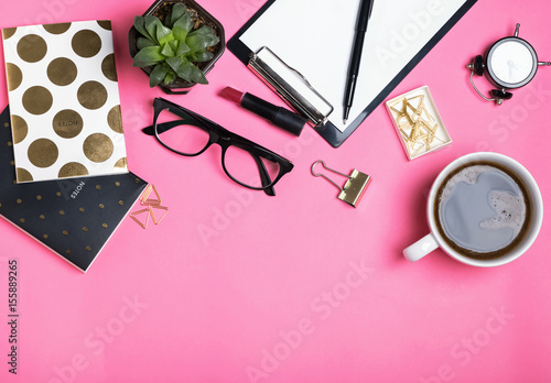 Womans accessories on pink background - 155889265