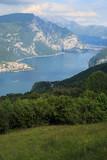 Il ramo di Lecco del lago di Como, fotografato da Barni