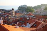 Atardecer en el casco antiguo de Dubrovnik, Croacia (Europa).