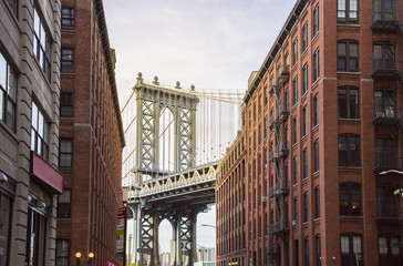Famous Manhattan Bridge
