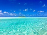 Small Motu (island) in the beautiful turquoise lagoon of Marlon Brando's atoll Tetiaroa, Tahiti, French Polynesia