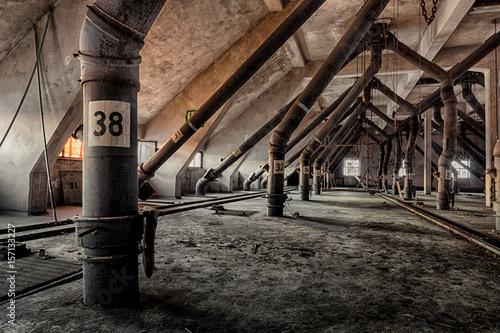 Aluminium Oude verlaten gebouwen Verlassenes Industriegebäude