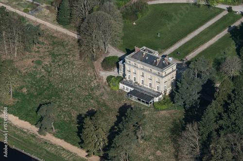 Poster Vue aérienne du chateau de Randonnai en France