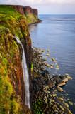 Fototapety Kilt rock coastline cliff in Scottish highlands, Scotland