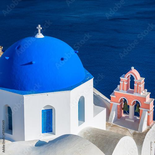 Papiers peints Santorini Santorini famous blue dome church, Greece. Cyclades Islands