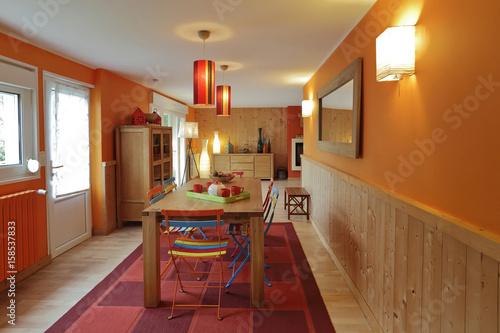 salle à manger intérieur maison Poster