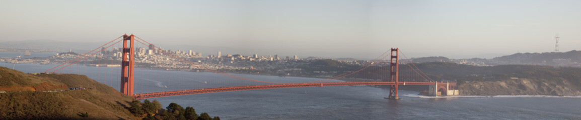 Golden Gate Bridge panorama.