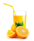Glass of orange juice and the oranges