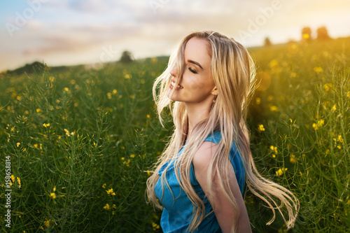Young beautiful woman in the fields - 158658814
