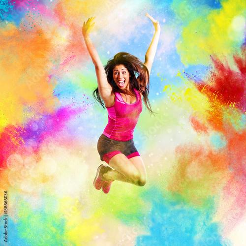 Póster Fitness teacher jumps on summer colors