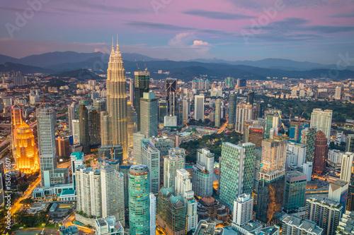 Papiers peints Kuala Lumpur Kuala Lumpur. Cityscape image of Kuala Lumpur, Malaysia during sunset.