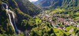 Cascate dell'Acqua Fraggia a Borgonuovo - Valchiavenna (IT) - Vista aerea panoramica