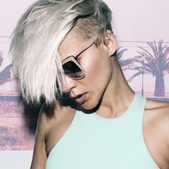 Sensual blonde short hair trend Summer style