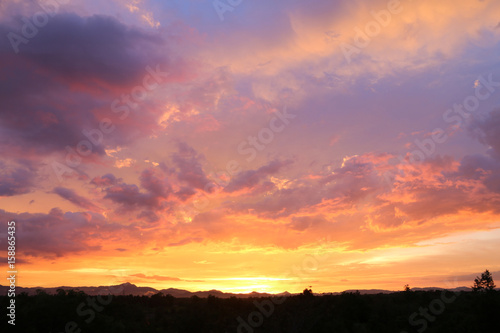Foto op Plexiglas Oranje eclat Yellow gold sky evening In tropical countries summer