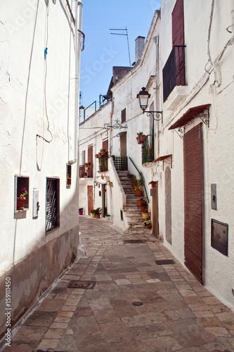 Salento, typical alleyway - Puglia, Italy