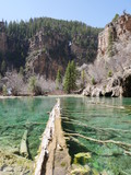Sunny day and clear water at the Hanging Lake