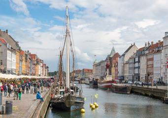 Nyhavn Hafenbecken und Fassaden Kopenhagen