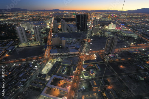 Poster 欲望の街の夜景