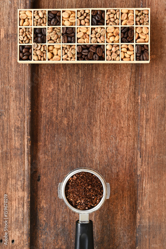 Fotobehang Koffiebonen Different coffee beans in a rectangular box for background