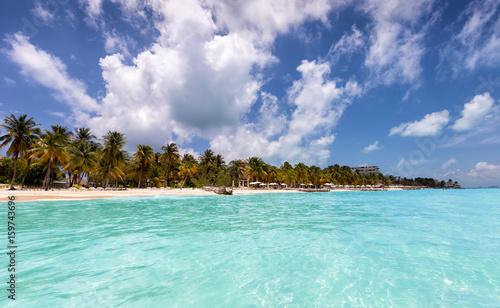Playa Norte in Isla Mujeres, Mexiko: Karibischer Traumstrand mit türkisem Wasser