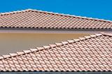 Mediterrane Art das Dach zu decken - 159770680