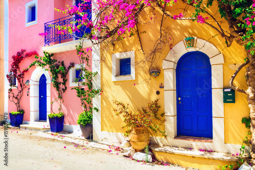 Aluminium Freesurf Colorful Greece series - charming streets of Assos village in Kefalonia