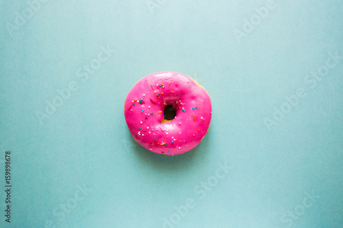 Donut forest berries