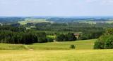 Panoramablick in die weite Hügellandschaft, Allgäu