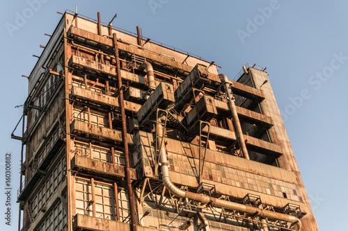 Foto Spatwand Oude verlaten gebouwen Abandoned old factory building