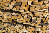 дрова для приготовления пищи.