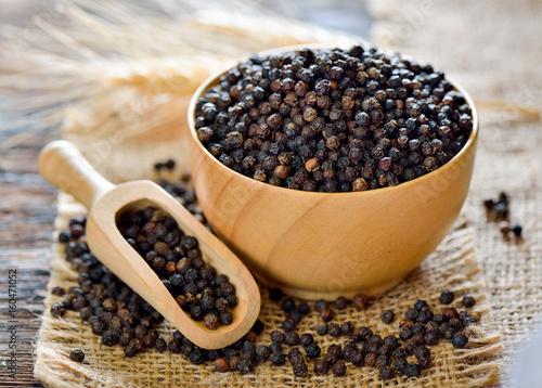 black pepper on table - 160471052