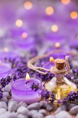 Lavendel  -  Lavendelöl und Duftkerze © Floydine