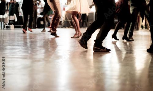 Zdjęcia na płótnie, fototapety, obrazy : Ballare in pista