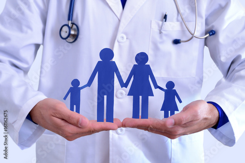 Foto Murales Concept of family health insurance