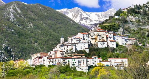 Charming small mountain villages in Abruzzo, Italy