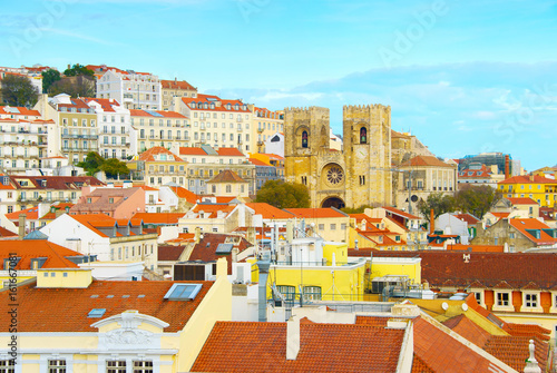 Fotobehang Palermo Lisbon Cathedral and Alfama district
